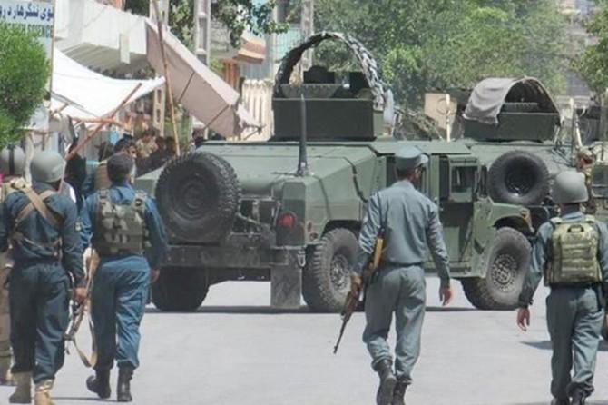 Afganistan'da özel birlik komutanı öldürüldü