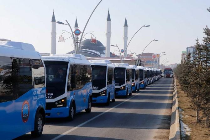 """""""Halk otobüsleri"""" halka tanıtıldı"""