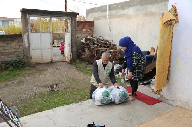Umut Kervanı Suriyeli aileye yardım elini uzattı
