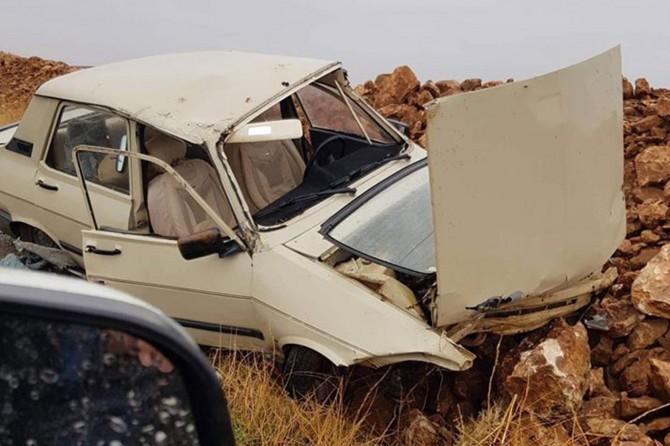 Viranşehir'de pert olan araçtan sağ kurtuldu