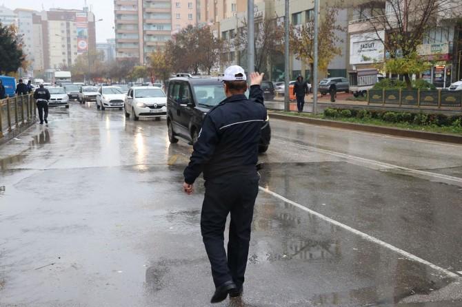 Gaziantep'te trafik denetimlerinde 602 sürücüye para cezası
