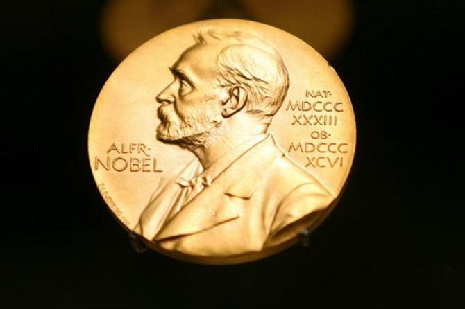 Nobel alan İsveçli gazeteci ödülünü iade edecek