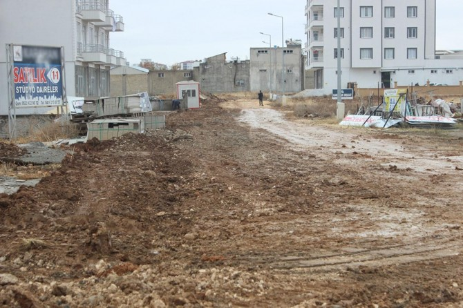 Mahallemize Kur'an kursu ve sosyal tesis yapılmasını istiyoruz