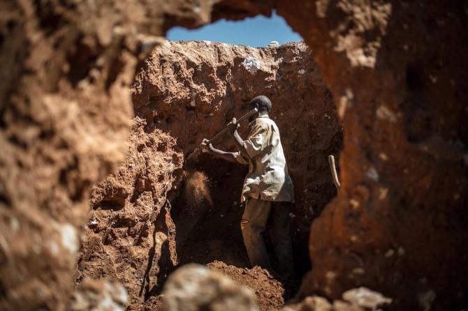 Maden ocağında göçük: 30 kişi hayatını kaybetti