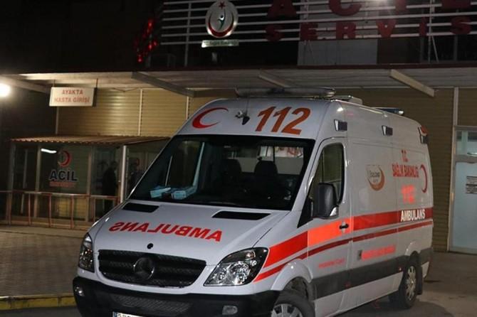 Afyonkarahisar'da yolcu otobüsü kamyonla çarpıştı: Biri ağır 10 yaralı