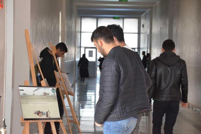 """""""Mazlum Coğrafyalardaki Eğitim Sorunları"""" konulu fotoğraf sergisi açıldı"""