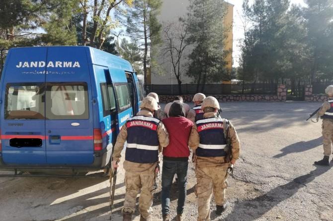 Siirt'te sosyal medyada PKK propagandasına 2 gözaltı