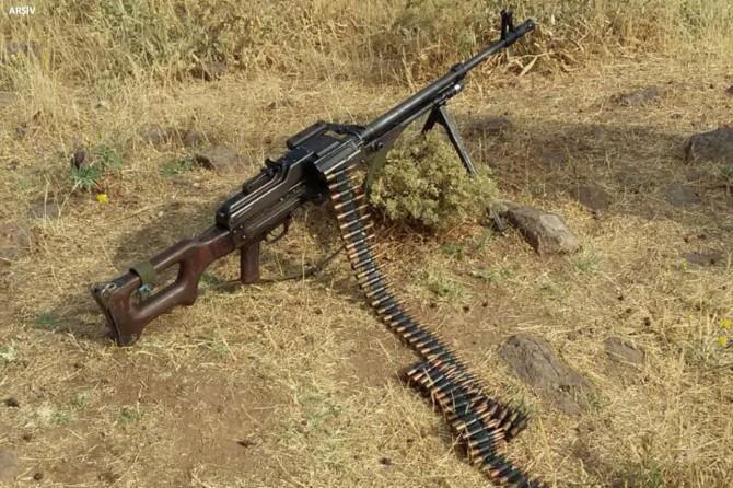 Hakkari'de Kıran-10 operasyonunda aranan 2 kişi yakalandı