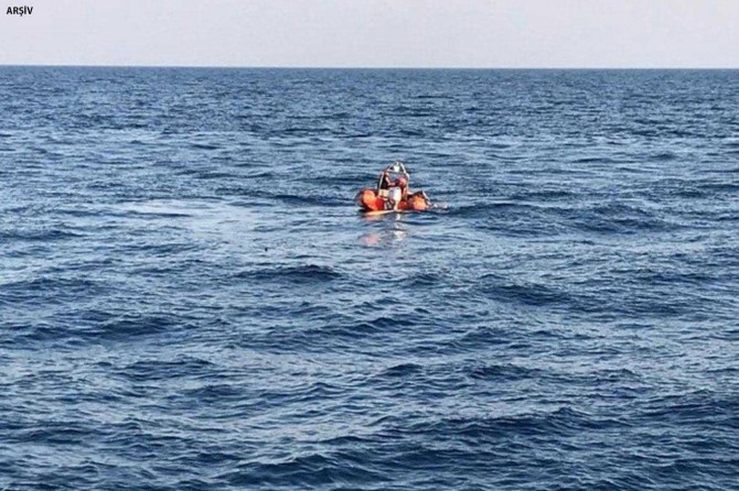 Fethiye'de lâstik bot battı: 8 ölü