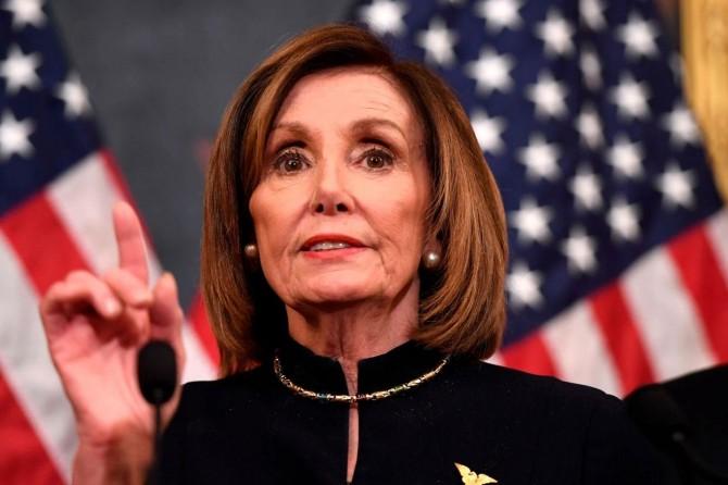 Pelosi: Amerika ve dünya bu savaşı kaldıramaz
