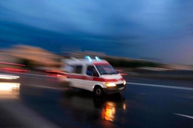 Şarkikaraağaç'da yolcu otobüsü devrildi