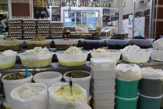 Peynirci esnafı denetimsizlikten mustarip