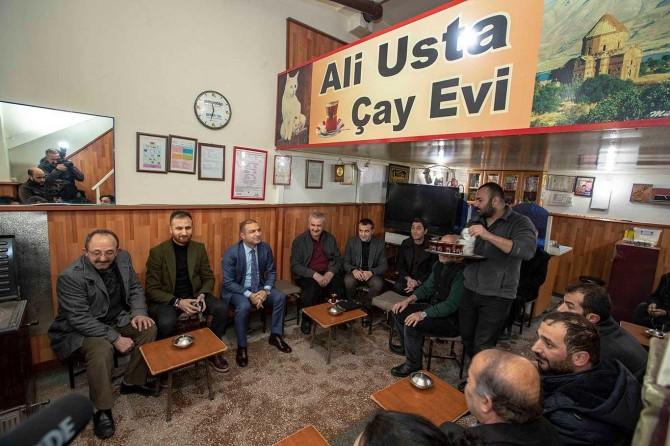 İpekyolu Belediye Başkan Vekili Aslan, esnaf ziyaretlerine devam ediyor