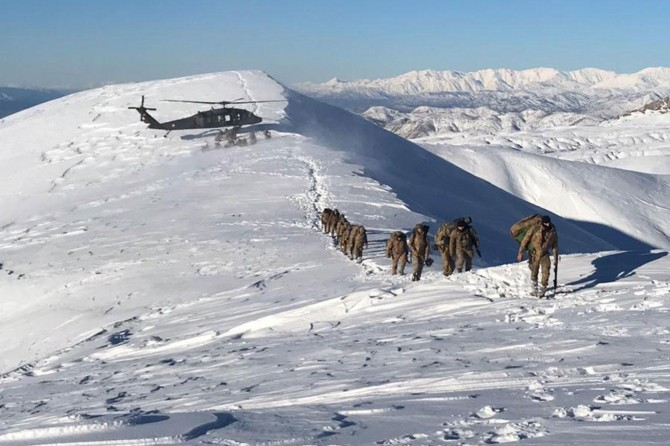 PKK operasyonunda çok sayıda mühimmat ele geçirildi