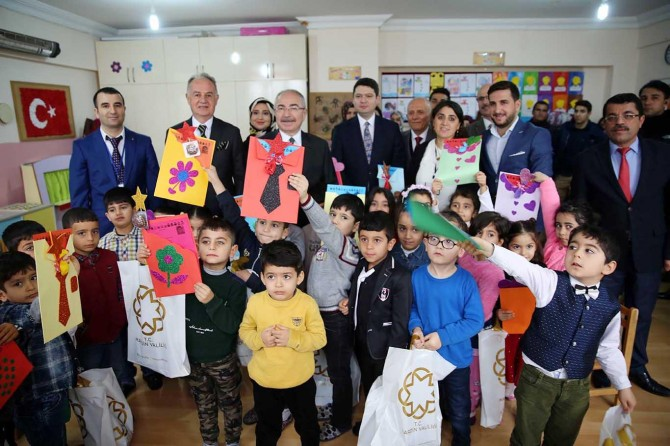 Mardin'de 250 binin üzerinde öğrenci karne aldı