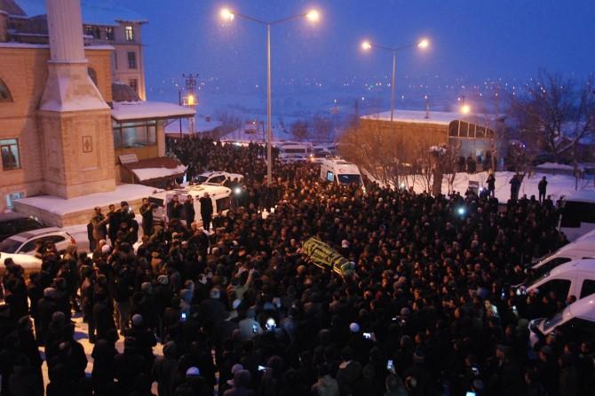 Silahlı saldırıda hayatını kaybeden Şeyh Abdülkerim Çevik defnedildi