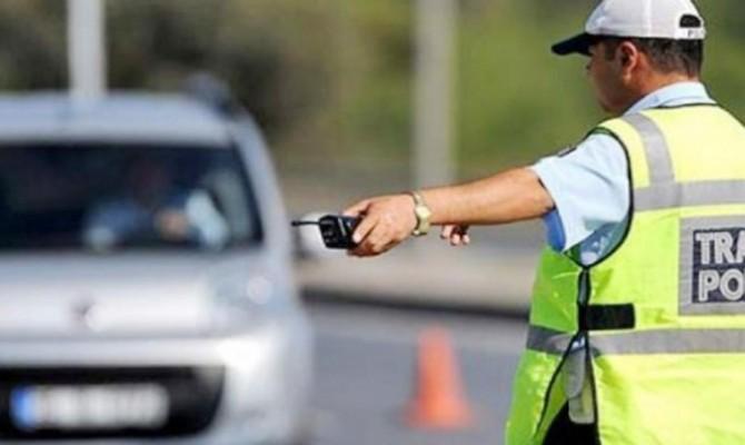 Denetimlerde 472 sürücüye para cezası