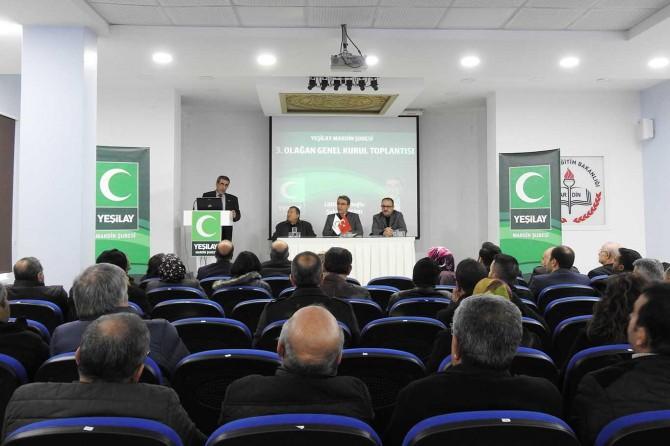 Yeşilay'da Başkan Günlüoğlu güven tazeledi