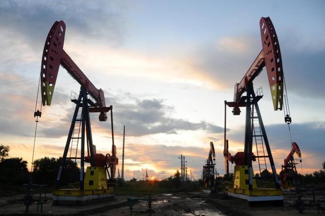 UMH Başbakanı Serrac, Hafter'in petrol sahalarına yönelik ablukasına tepki gösterdi