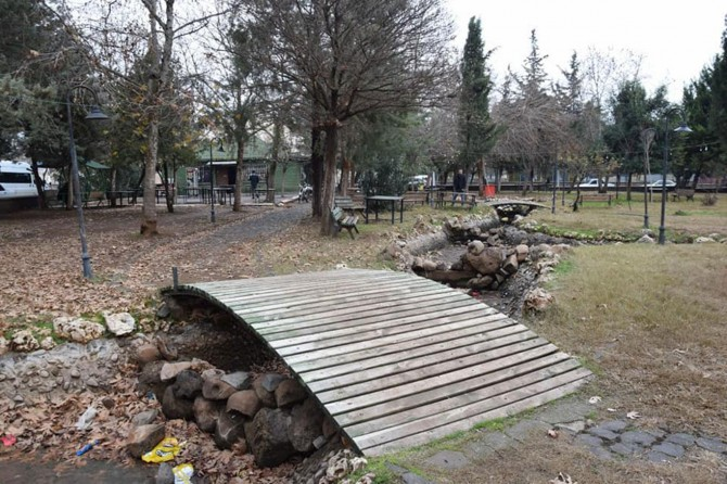 Viranşehir Belediyesi: Parklar kahvehane değil vatandaşların dinlenme yeridir