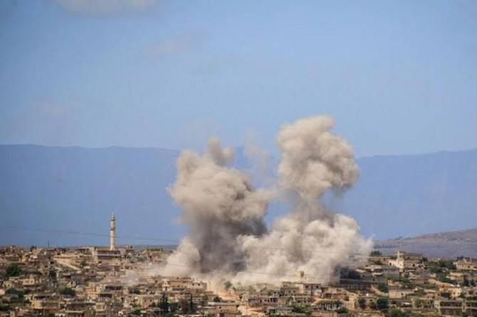 Rus savaş uçakları İdlib'de yerleşim yerlerini bombaladı: 12 sivil hayatını kaybetti
