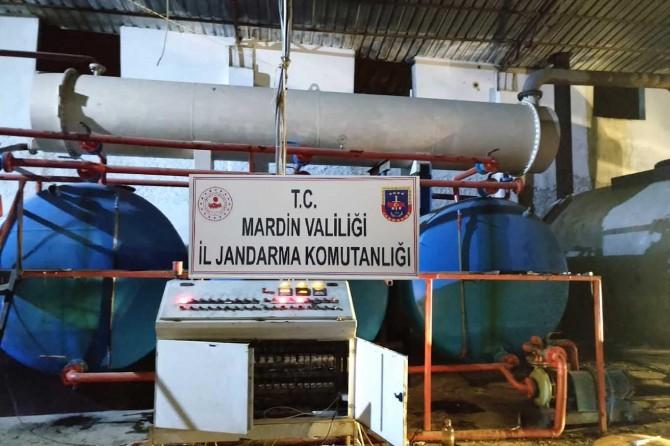 Mardin'de ham petrol çalan şahıslar suçüstü yakalandı