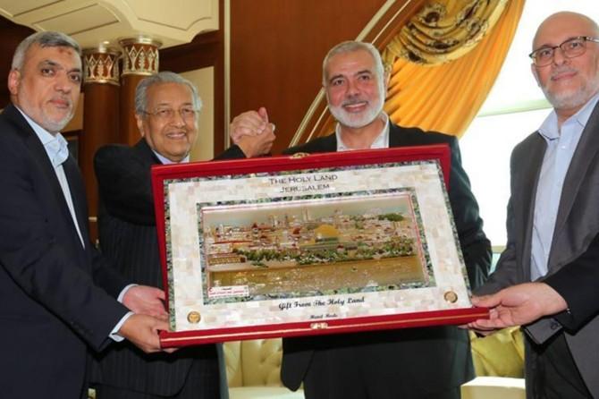 Heniyye başkanlığındaki Hamas heyeti, Putrajaya'da Malezya Başbakanı ile görüştü