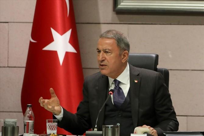 Milli Savunma Bakanı Akar: Yunanistan gayri resmi statüdeki 16 adayı silahlandırdı