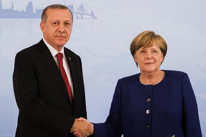 Almanya Başbakanı Merkel, yarın Türkiye'ye geliyor