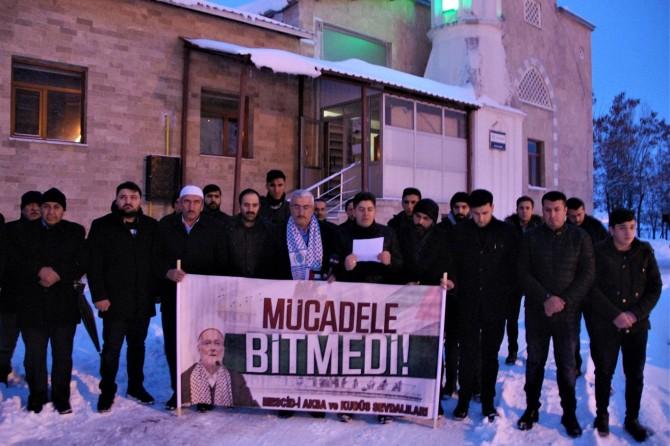 Bitlisliler Kudüs Müftüsüne destek için sabah namazında buluştu
