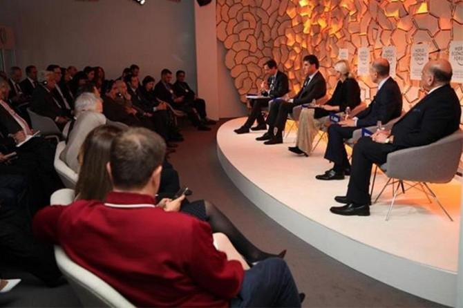 Barzanî li Davosê geşedanên dawî yên li Kurdistanê û Rojhilata Navîn nirxand
