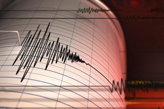 Elazığ Sivrice'de 6,8 büyüklüğünde deprem