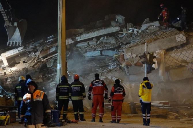 Deprem sonrası 97 artçı sarsıntı meydana geldi