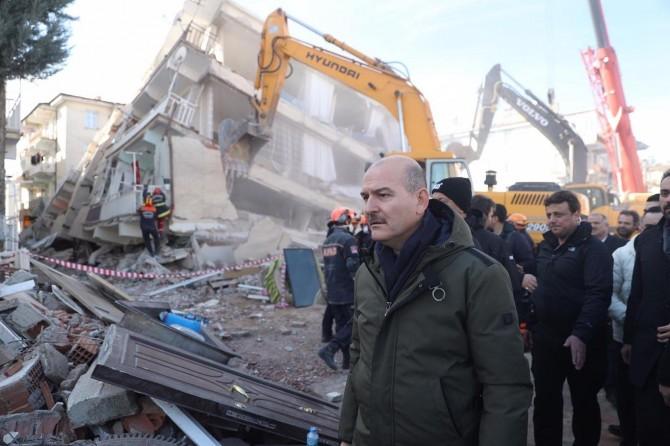 İçişleri Bakanı Soylu: Bütün telefonlarda ortak 'deprem uygulaması' olacak