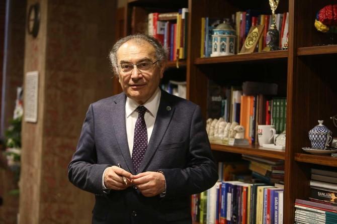 """Prof. Dr. Nevzat Tarhan: """"Depreme fiziksel olduğu kadar psikolojik hazırlık da önemli"""""""