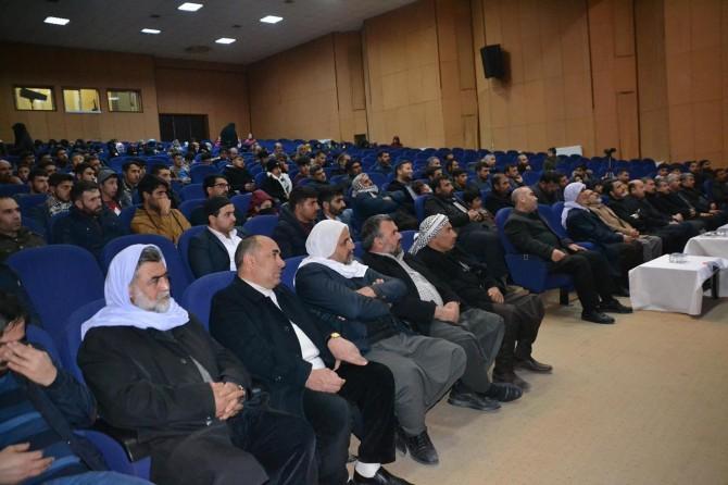 """Viranşehir'de """"Bilinçli bir toplumun inşası"""" konulu seminer düzenlendi"""