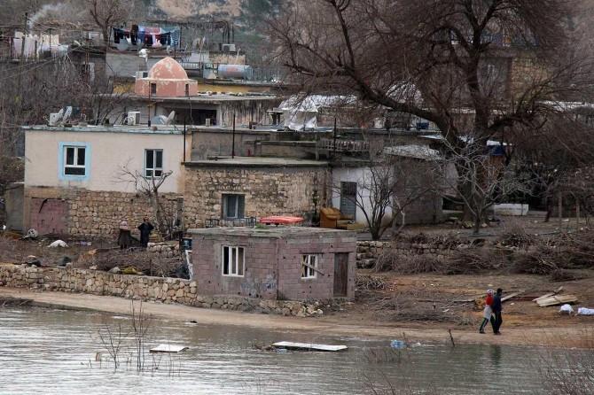"""Dicle EDAŞ'tan Hasankeyf'teki vatandaşlara """"elektriklerin kesileceği"""" uyarısı"""