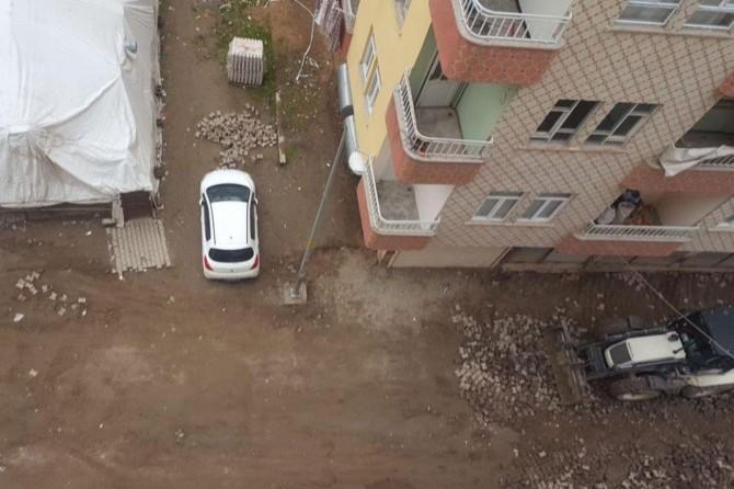 Bismil'de evin önünde park halindeki aracın aküsü çalındı