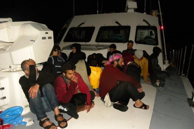 Çanakkale'de 135 düzensiz göçmen yakalandı