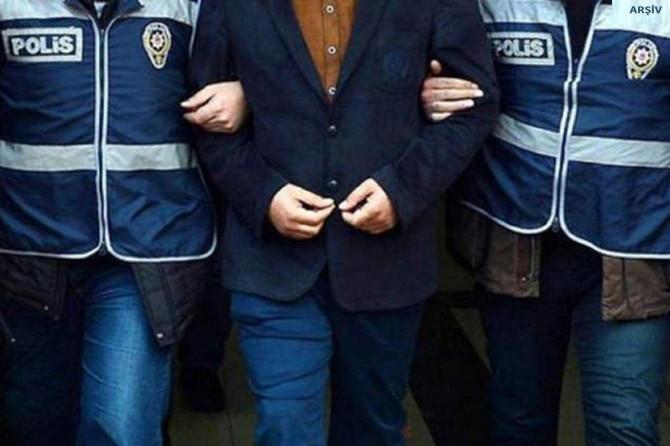 İzmir merkezli 4 ilde FETÖ'nün esnaf ve işadamları yapılanmasına operasyon
