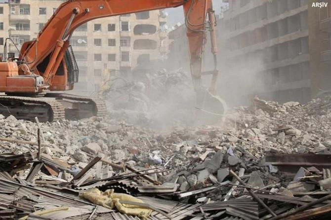 Manisa'daki depremlerde ağır hasar alan 305 yapı-konut tespit edildi