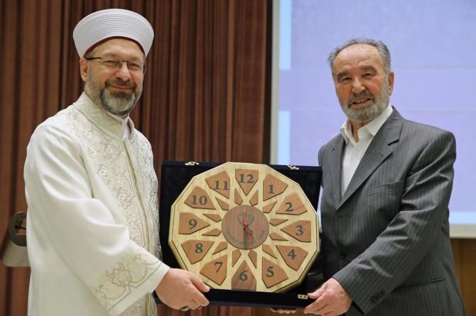 Prof. Dr. Hayrettin Karaman: Din, hayatımızın rehberi, önceliğimiz olmalı