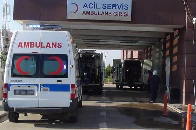 Kayseri'de tur otobüsü kar ve buzlanma nedeniyle devrildi: 43 yaralı
