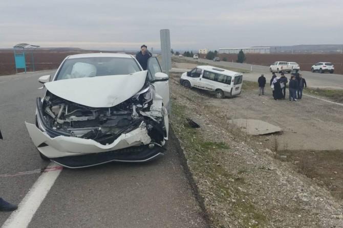 Diyarbakır-Bismil Karayolu'nda kaza: 4 yaralı