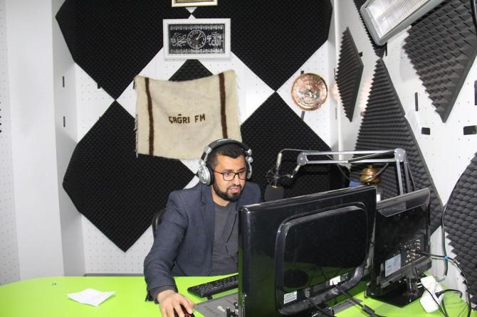 """Çağrı FM Genel Yayın Yönetmeni Ertoğan: """"İslami ilkelere bağlı bir yayın yapıyoruz"""""""
