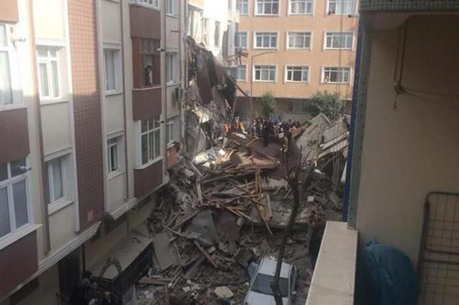İstanbul Valiliğinden çöken binaya ilişkin açıklama