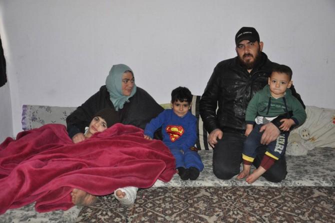 Savaş mağduru ailenin soğukta verdiği yaşam mücadelesi yürek burkuyor