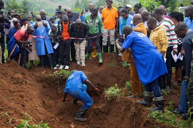Burundi'de toplu mezarlardan 6 binden fazla ceset çıktı