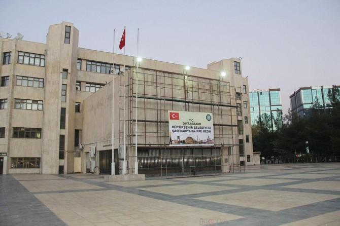 Diyarbakır Büyükşehir Belediyesinden dekoratif şehir aydınlatması iddialarına yalanlama