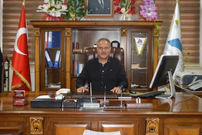 """Prof. Dr. Karabulut: """"Ağrı Dağı'nın tırmanışa açılması bölge ekonomisini kalkındıracaktır"""""""